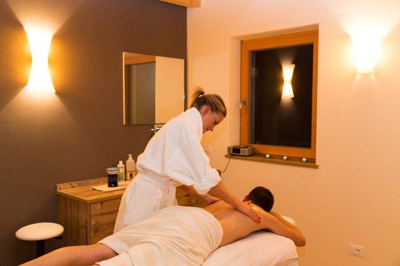 la charte massage hotel
