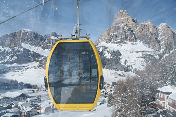 Col Alto's gondola with view of the Sassongher