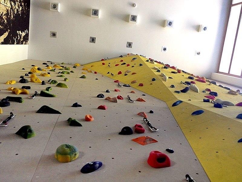 Indoor Kletterwand Amp Boulder
