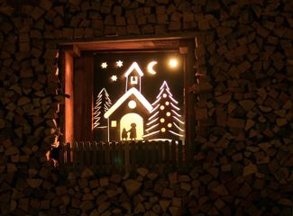 La Val slomina tla nöt – The Advent light in La Val