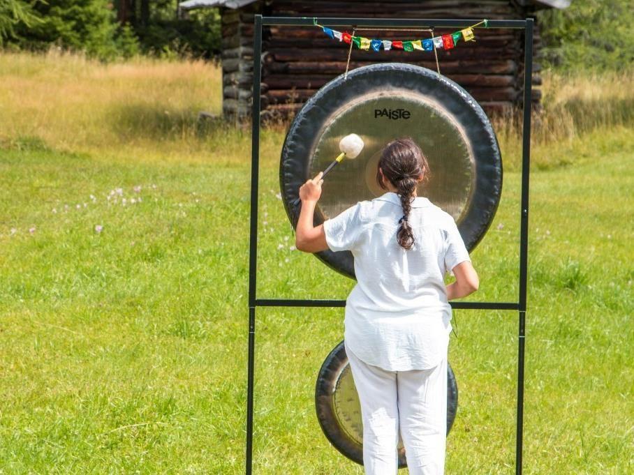 Sonns tla nat ra il bagno di gong - Bagno di gong effetti negativi ...