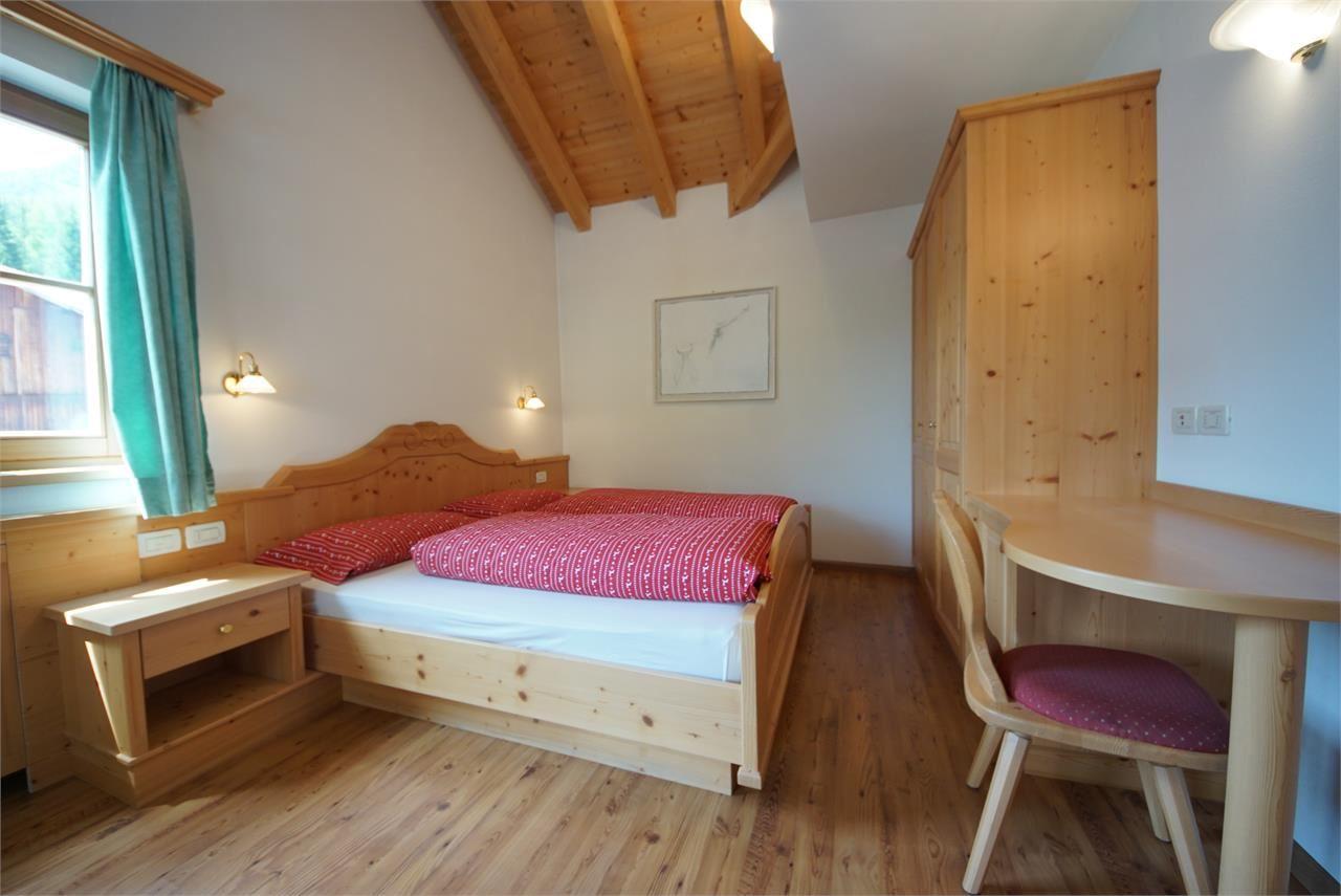 app ciaminades. Black Bedroom Furniture Sets. Home Design Ideas