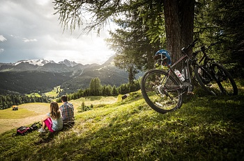 Alta Badia e-bike with the Marmolada glacier