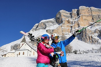 Lavarela and Conturines in sight of the skiers