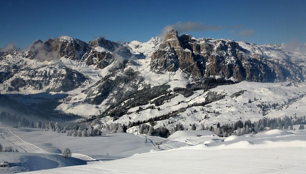 Skiing resort Dolomiti Superski