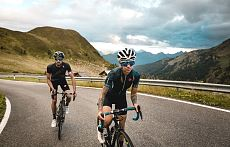 road-bike-holiday_alta-badia-dolomites_alex-moling